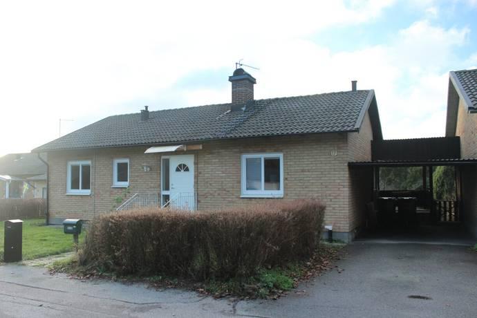 Bild: 6 rum villa på Åsvägen 17, Olofströms kommun