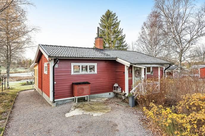 Bild: 4 rum fritidshus på Golfvägen 11, Norrtälje kommun Sundsta