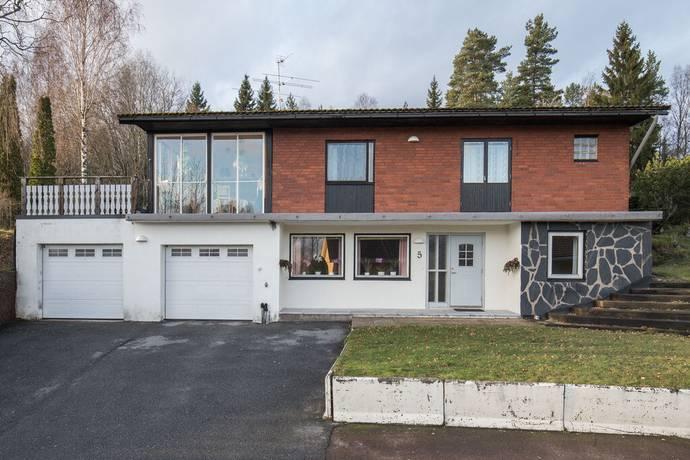 Bild: 7 rum villa på Jaktvägen 5, Karlskoga kommun Bråten
