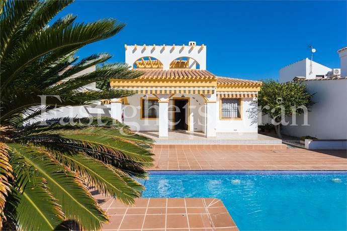 Bild: 4 rum villa på Fantastiskt fin villa!, Spanien Torre de la Horadada   Torrevieja