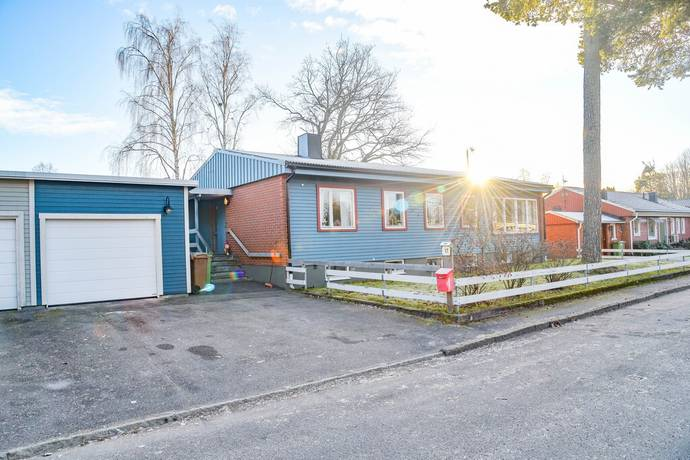 Bild: 5 rum villa på Majvägen 17, Gävle kommun Sätra