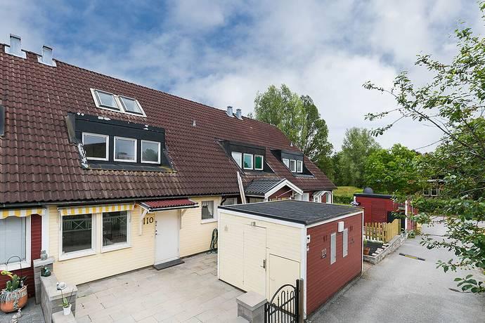 Bild: 5 rum radhus på Förlikningsvägen 110, Botkyrka kommun Norsborg - Alby