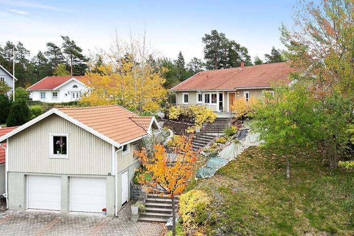Bild: 6 rum villa på Havstrutsvägen 18, Värmdö kommun Ingarö - Fågelvikshöjden