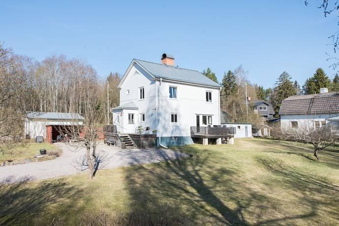 Bild: 5 rum villa på Centralvägen 16, Gävle kommun Lexe