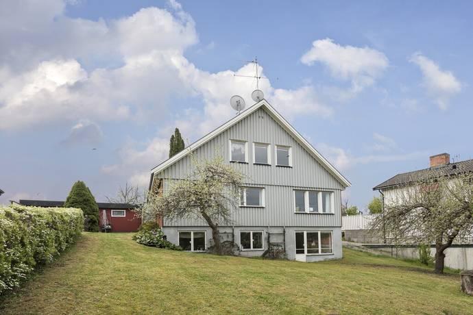 Bild: 8 rum villa på Stavsjövägen 48A, Stockholms kommun Älvsjö - Örby