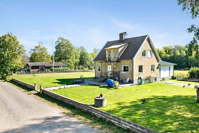 Bild: 5 rum gård/skog på Rås Backen 1, Ljungby kommun