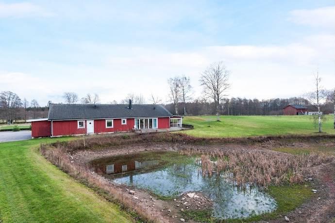 Bild: 4 rum villa på Hällorna Norregård 3, Ljungby kommun Hamneda