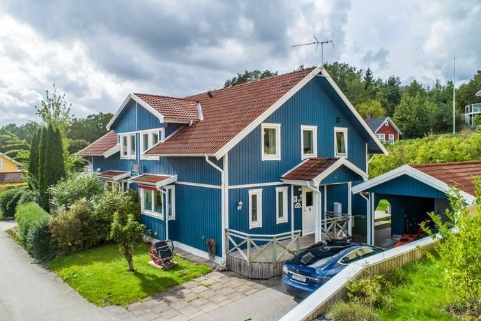 Bild: 5 rum radhus på Adlers väg 3, Orust kommun Svanesund - Sesterviken