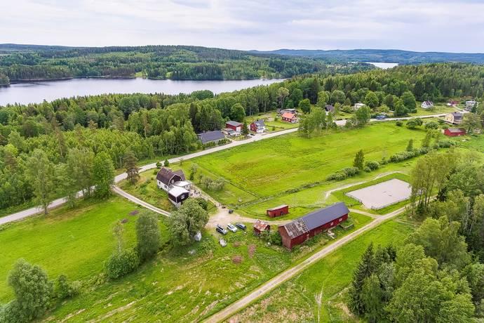 Bild: 5 rum villa på Norra Skarbol Aspebacken, Säffle kommun Svanskog