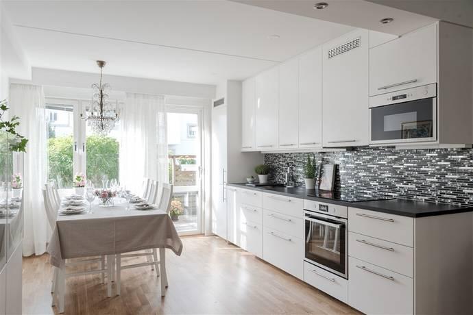 Bild: 1 rum bostadsrätt på Finn Malmgrens Väg 1C, Stockholms kommun Hammarbyhöjden