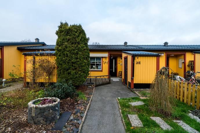 Bild: 3 rum bostadsrätt på Vargtorpsvägen 3 E, Nora kommun Hitorp