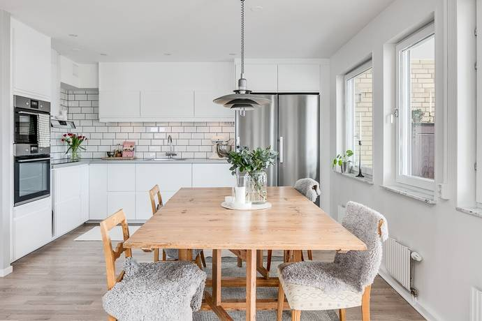 Bild: 2 rum bostadsrätt på Paradvägen 17, Växjö kommun Hovshaga