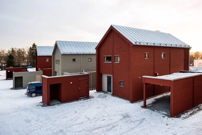 Bild: 6 rum bostadsrätt på Fotbollsvägen 12, Östersunds kommun
