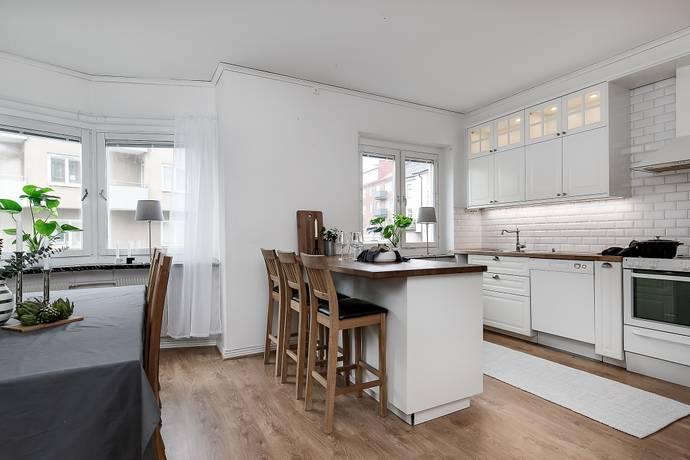 Bild: 3 rum bostadsrätt på Västra Bangatan 33A, Örebro kommun Centralt Väster