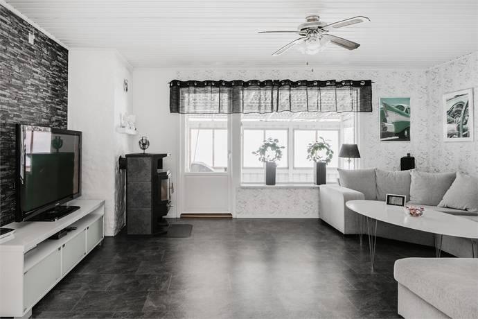 Bild: 8 rum villa på Kvarnvägen 8, Falköpings kommun Vartofta