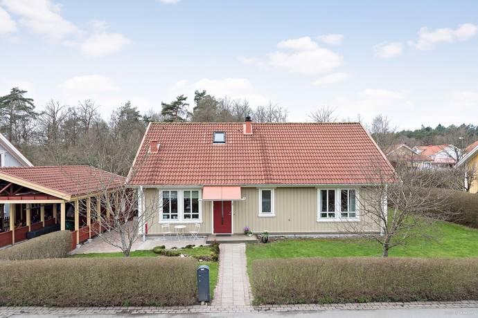 Bild: 5 rum villa på Travarevägen 3, Göteborgs kommun Gerrebacka - Hisings Kärra