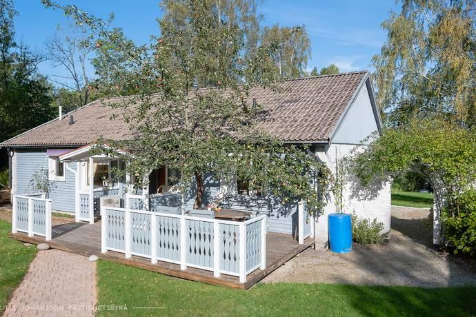 Bild: 4 rum villa på Rosenlund 2, Nynäshamns kommun Torö - Svärdsö