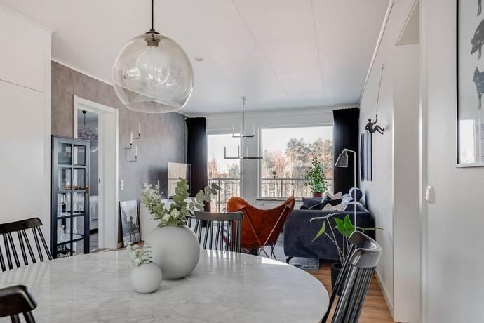 Bild: 3 rum bostadsrätt på Kornellvägen 37M, Örebro kommun Bettorp