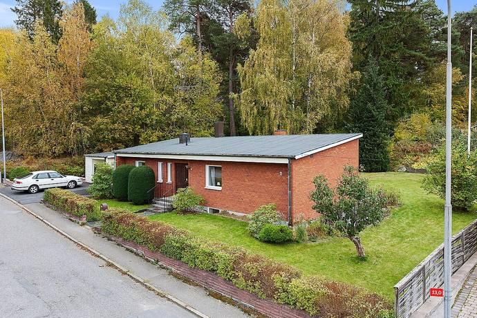 Bild: 7 rum villa på Rafaelsvägen 4, Södertälje kommun Bergvik