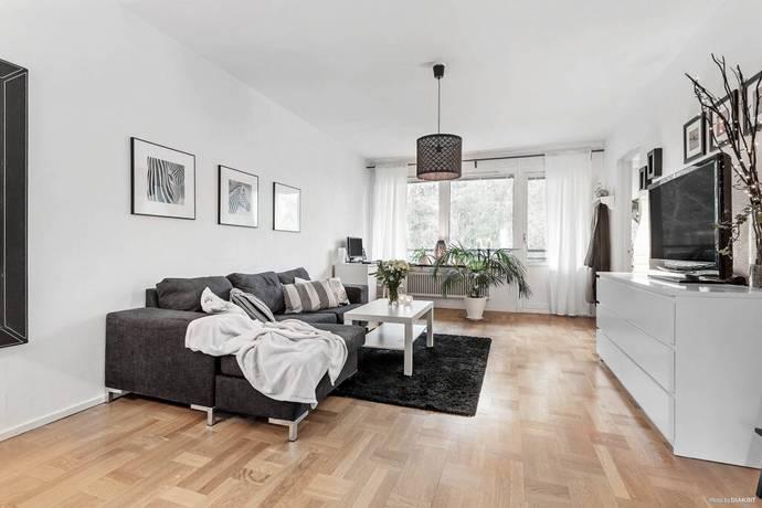 Bild: 3 rum bostadsrätt på Åkervägen 33, Haninge kommun Västerhaninge