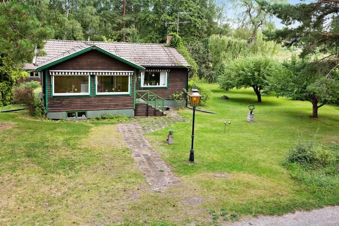 Bild: 3 rum fritidshus på Vadholmavägen 44, Österåkers kommun