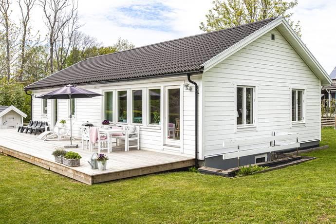 Bild: 5 rum villa på Mor Olenas väg 5, Båstads kommun Korröd