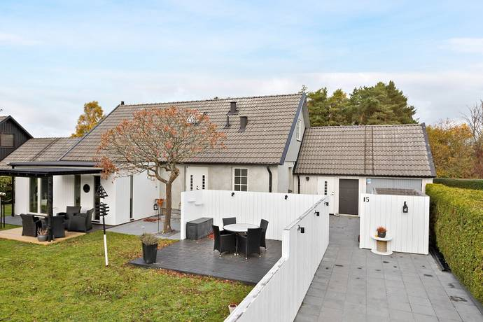 Bild: 3 rum villa på Blidvädersvägen  15, Trelleborgs kommun Knäckekärr