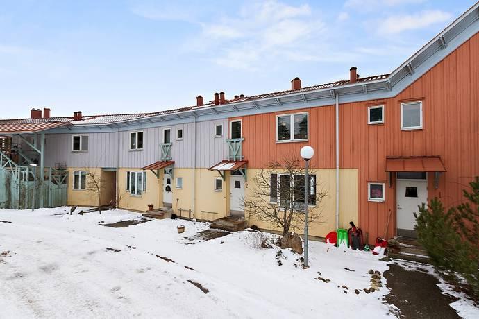 Bild: 4 rum radhus på Nibble skogsbrynsbyn 2, Södertälje kommun Järna