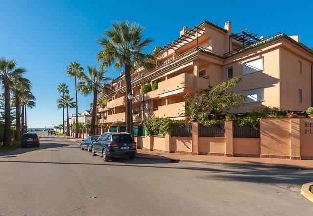 Bild: 3 rum bostadsrätt på Fin mysig lägenhet som ligger vid stranden, Spanien Marbella - Las Chapas