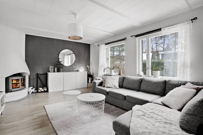 Bild: 5 rum radhus på Glanshammarsgatan  237, Stockholms kommun Ormkärr