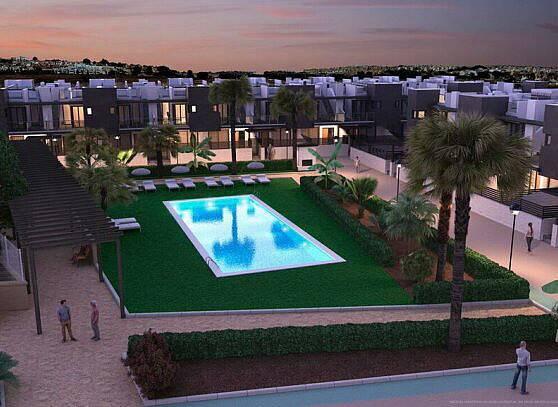 Bild: 4 rum villa på Nyb lyxiga radhus, takterras, garagepl + +, Spanien Villamartin, Torrevieja