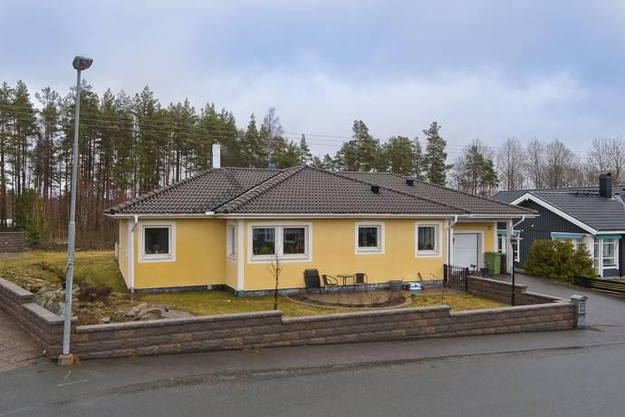 Bild: 4 rum villa på Älvshultsgatan 22, Nässjö kommun Älvshultet
