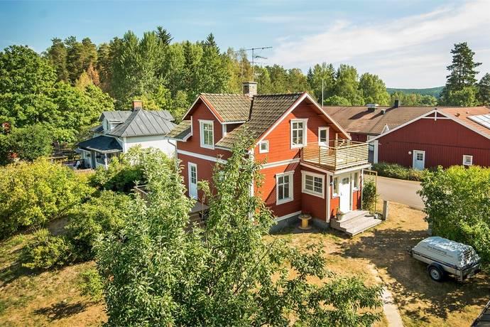 Bild: 5 rum villa på Åsvägen 9, Eda kommun Åmotfors