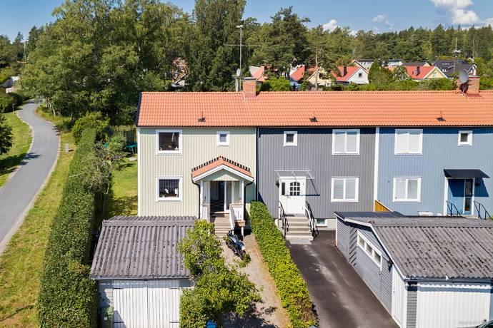 Bild: 5 rum radhus på Toppvägen 93, Järfälla kommun Jakobsberg - Västra