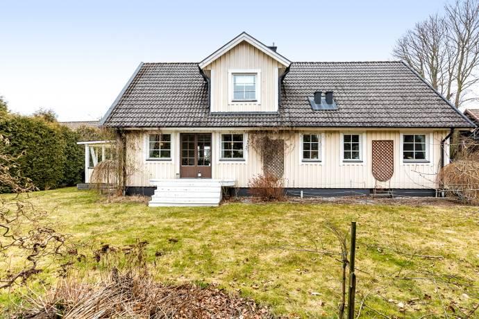 Bild: 6 rum villa på Anders Ols väg 6, Bromölla kommun Centralt