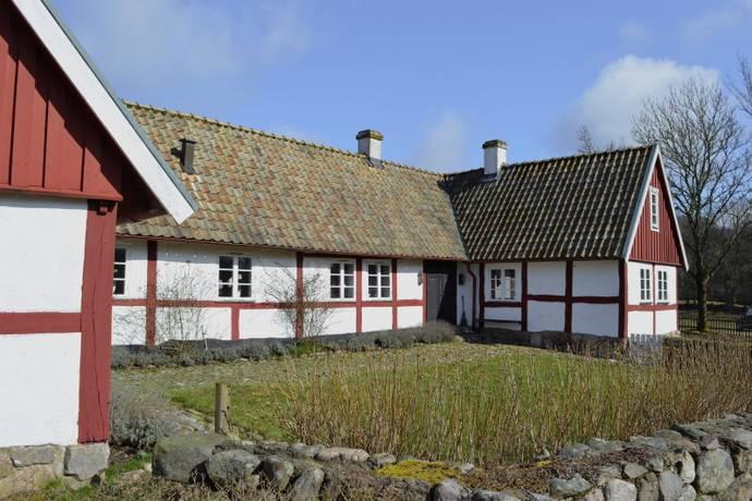 Bild: 6 rum gård/skog på Genarp 1163, Lunds kommun
