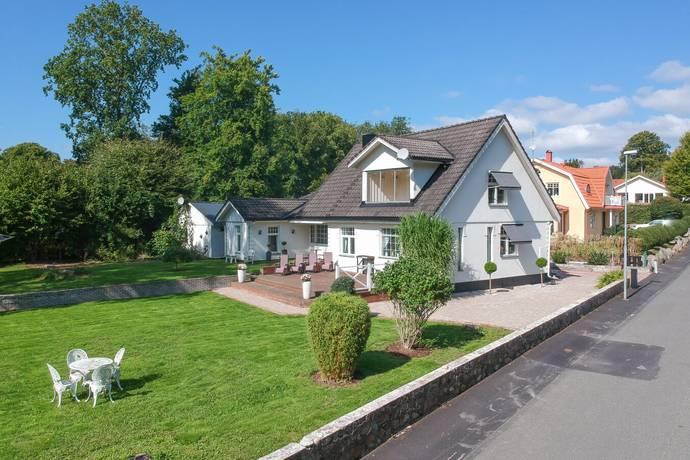 Bild: 6 rum villa på Gösvägen 16, Hässleholms kommun Hässleholm - Sjörröd