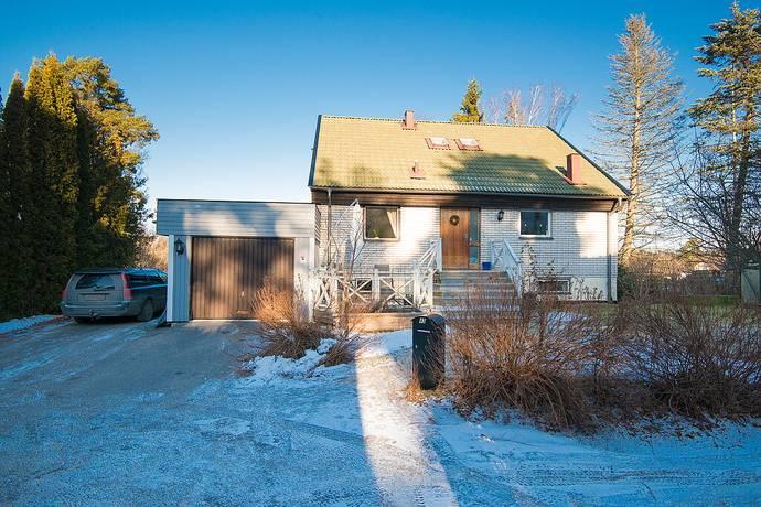 Bild: 7 rum villa på Torpängsvägen 43, Huddinge kommun Huddinge Kynäs