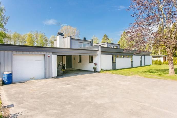 Bild: 8 rum villa på Storgatan 34, Tibro kommun