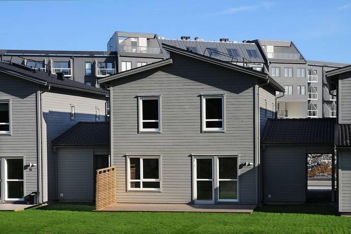 Bild: 5 rum radhus på Arningetorpsvägen 20, Täby kommun