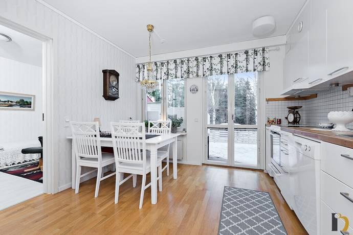 Bild: 3 rum bostadsrätt på Paletåvägen 79, Umeå kommun Röbäck