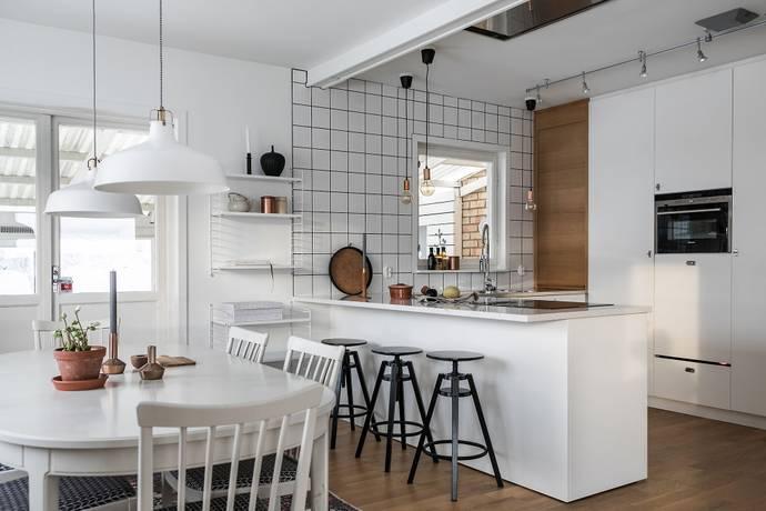 Bild: 7 rum villa på Långbrodalsvägen 144, Stockholms kommun Älvsjö/Herrängen