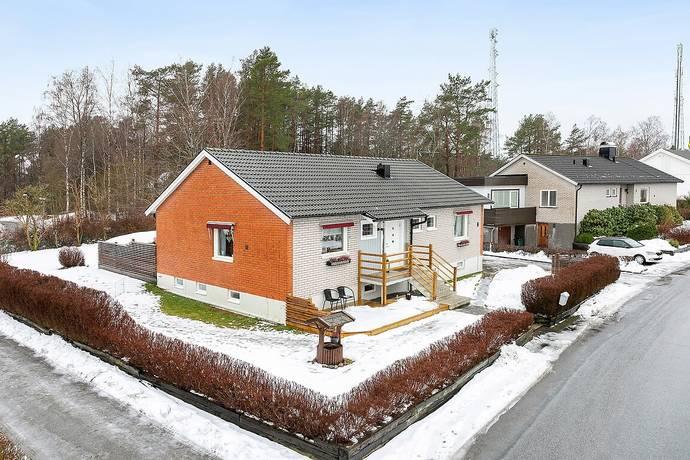Bild: 6 rum villa på Braskevägen 6, Stenungsunds kommun Stenungsund