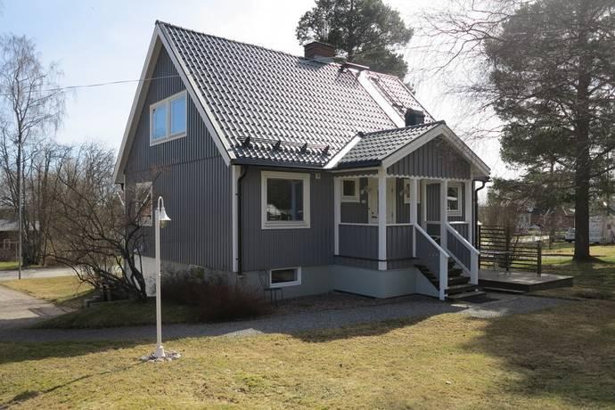 Bild: 5 rum villa på Plåtslagarvägen 13, Örnsköldsviks kommun Järved