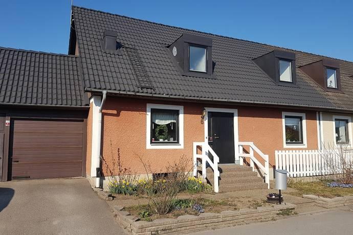 Bild: 8 rum radhus på Blästadsgatan 6, Linköpings kommun Blästad