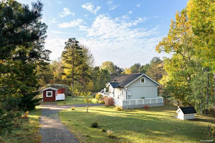 Bild: 5 rum villa på Bullandövägen  8, Värmdö kommun Älvsala