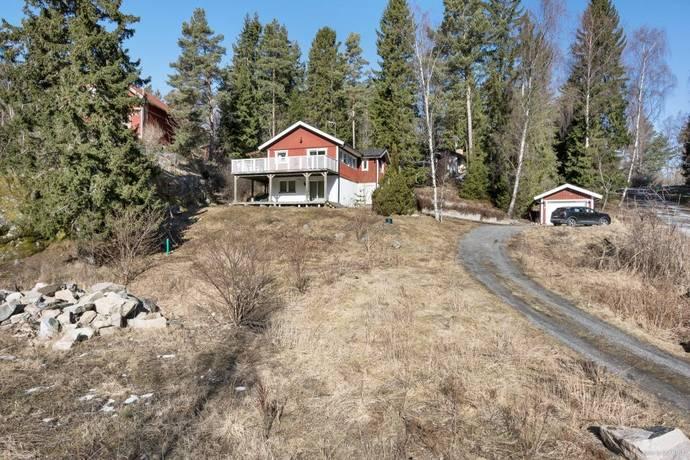 Bild: 4 rum villa på Härsbackavägen 59, Österåkers kommun