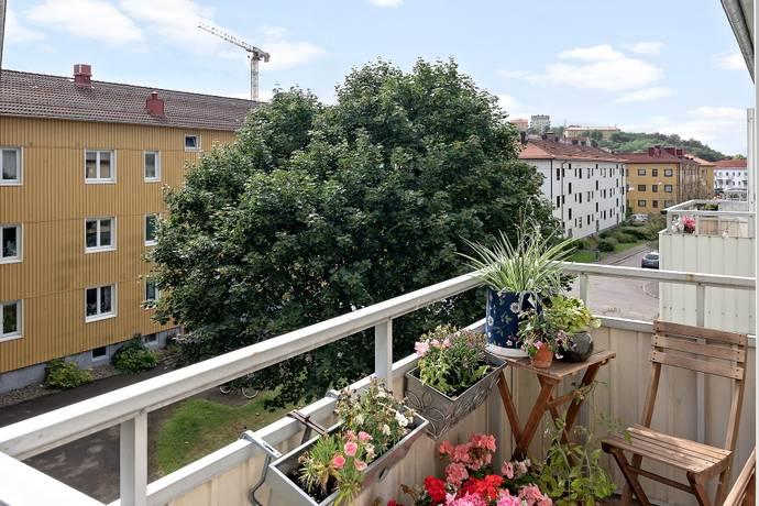 Bild: 2 rum bostadsrätt på Ernst Torulfsgatan 17B, Göteborgs kommun Munkebäck