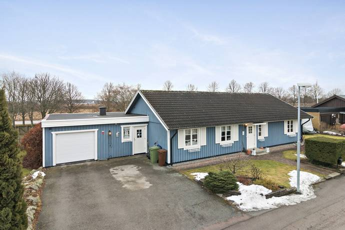Bild: 4 rum bostadsrätt på Spiskroksgatan 5, Västerås kommun Skälby