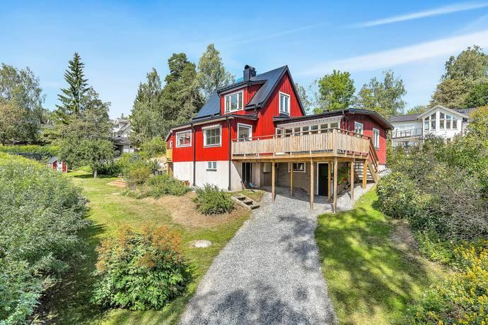 Bild: 6 rum villa på KOGERVÄGEN 2A, Österåkers kommun Margretelund